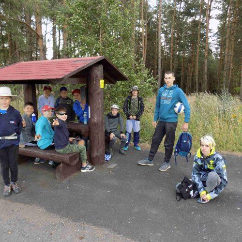 Tábor je oficiálně veden jako dětská rekreace, proto využíváme každé příležitosti k odpočinku.