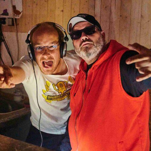 Světlo a zvuk měli na starosti DJ Exx a DJ Číča. Atmosféra na poslední diskotéce byla skvělá, a proto pánové ihned podepsali smlouvu i na příští rok.