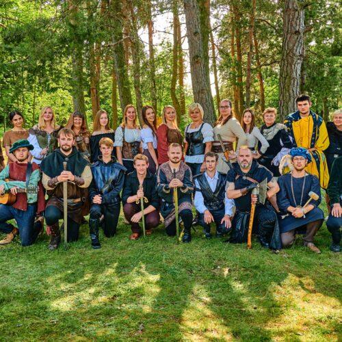 Kolektiv pracovníků tábora 2021. Vždy připraveni bojovat s nudou a všedností.